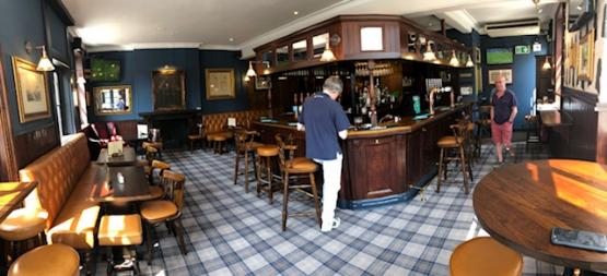 Panoramic view of the bar Duke of Wellington